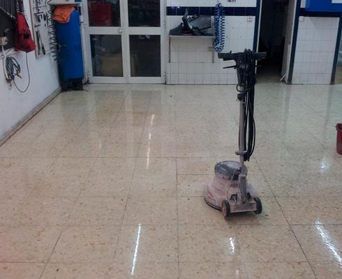 limpieza mantenimiento suelos